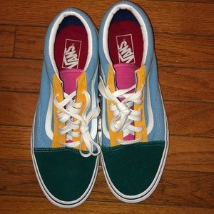 Old Skool Pastel Size 11. Previously worn.